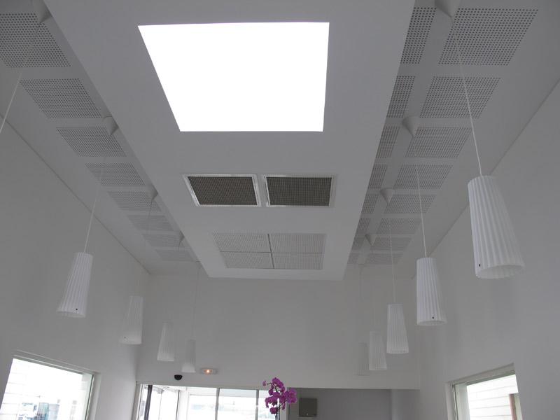 faux plafond de bureau r alisation de faux plafond pose. Black Bedroom Furniture Sets. Home Design Ideas
