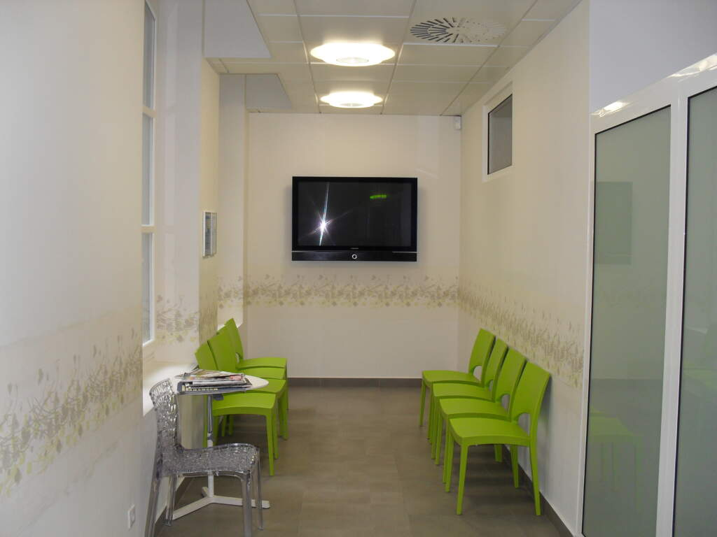 SDC12974 1024x768 - Aménagement d'un cabinet dentaire