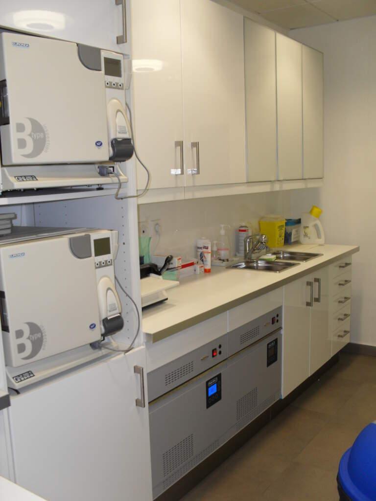SDC12980 768x1024 - Aménagement d'un cabinet dentaire