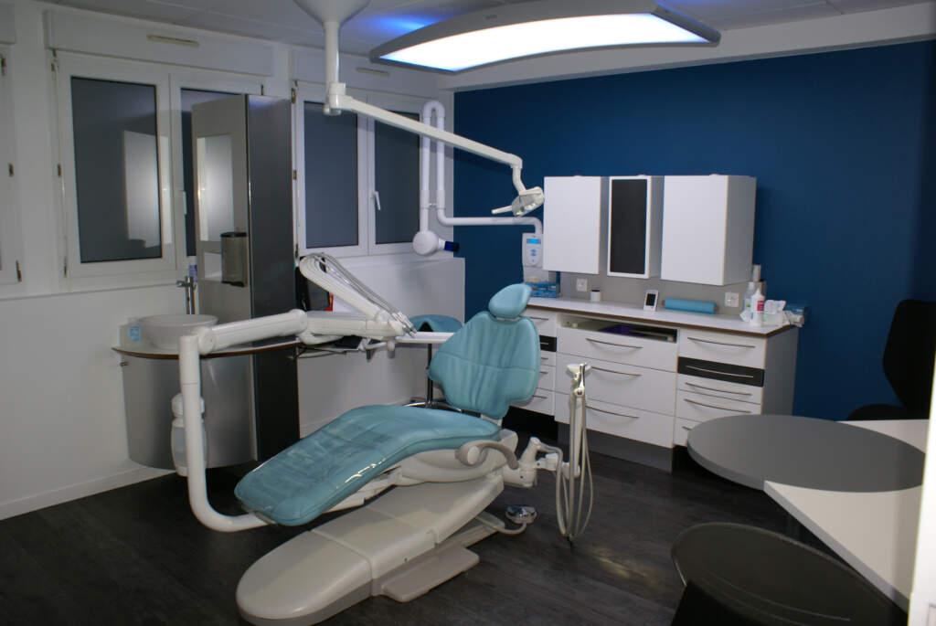 SOINS01 1024x685 - Aménagement d'un cabinet dentaire