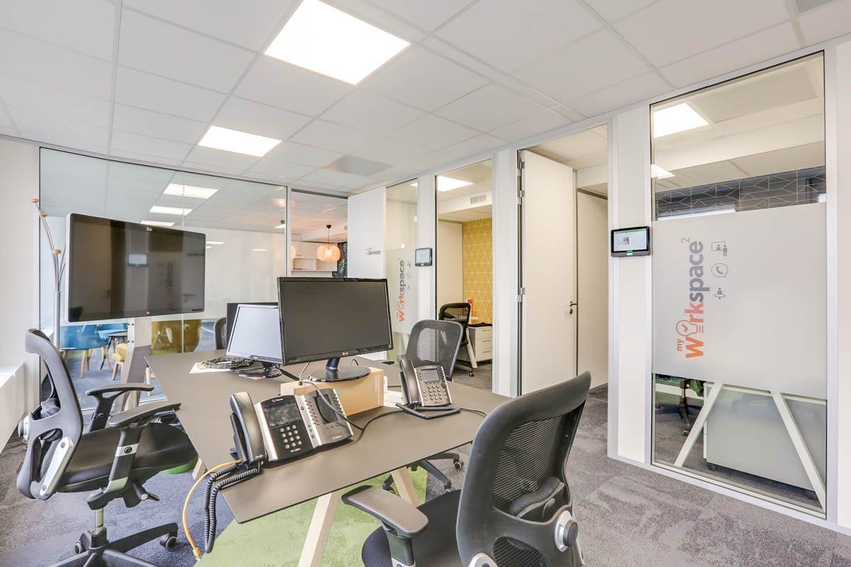 aménagement d'un bureau et showroom à puteaux : plans et travaux