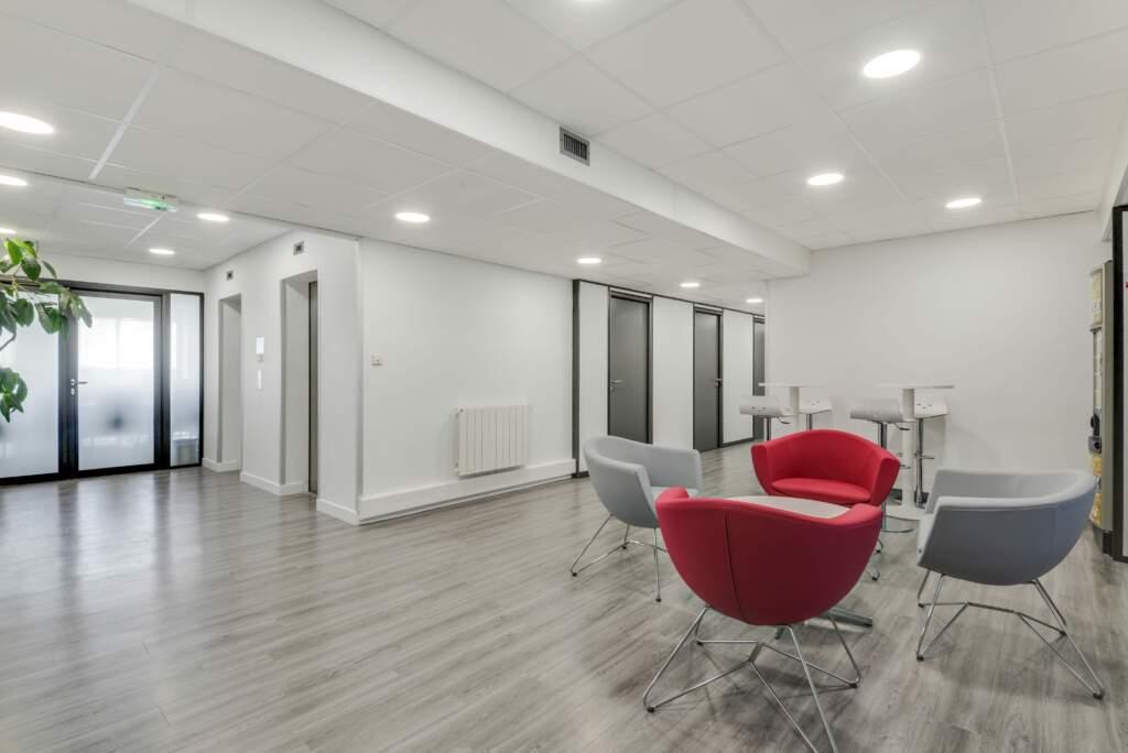 Espace d'accueil rénovation bureau