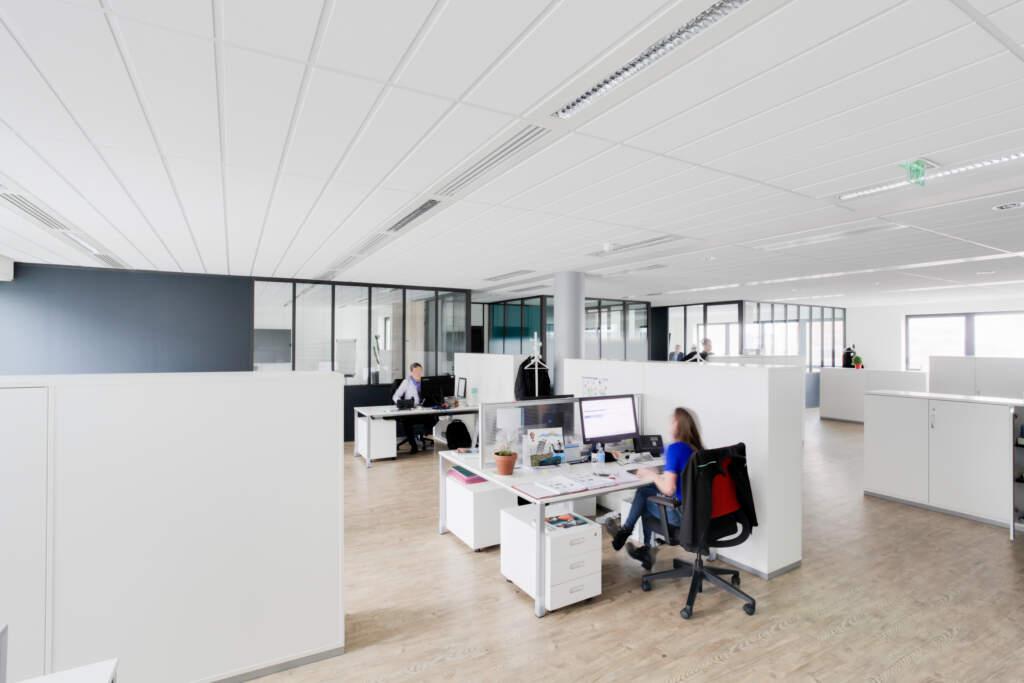 amenagement bureaux rosny sous bois 004 1024x683 - Aménagement plateau de bureau Rosny-sous-Bois