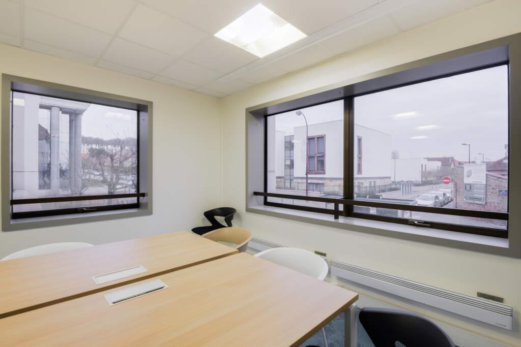 cloisonnement plateau bureaux versailles 009 1024x683 - Cloisonnement d'un plateau de bureaux et mobiliers