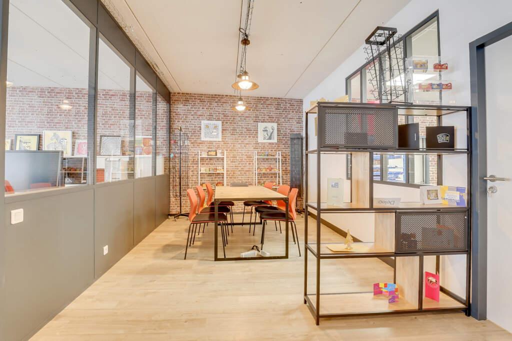 renovation bureau montreuil 003 1024x683 - Aménagement d'une maison d'édition