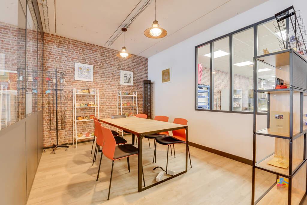 renovation bureau montreuil 007 1024x683 - Aménagement d'une maison d'édition