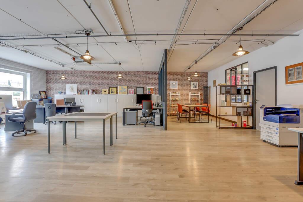 renovation bureau montreuil 008 1024x683 - Aménagement d'une maison d'édition