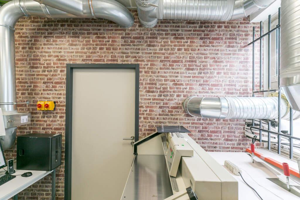 renovation bureau montreuil 009 1024x683 - Aménagement d'une maison d'édition