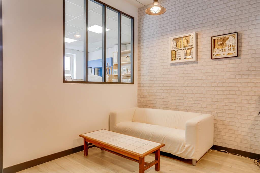 renovation bureau montreuil 012 1024x683 - Aménagement d'une maison d'édition
