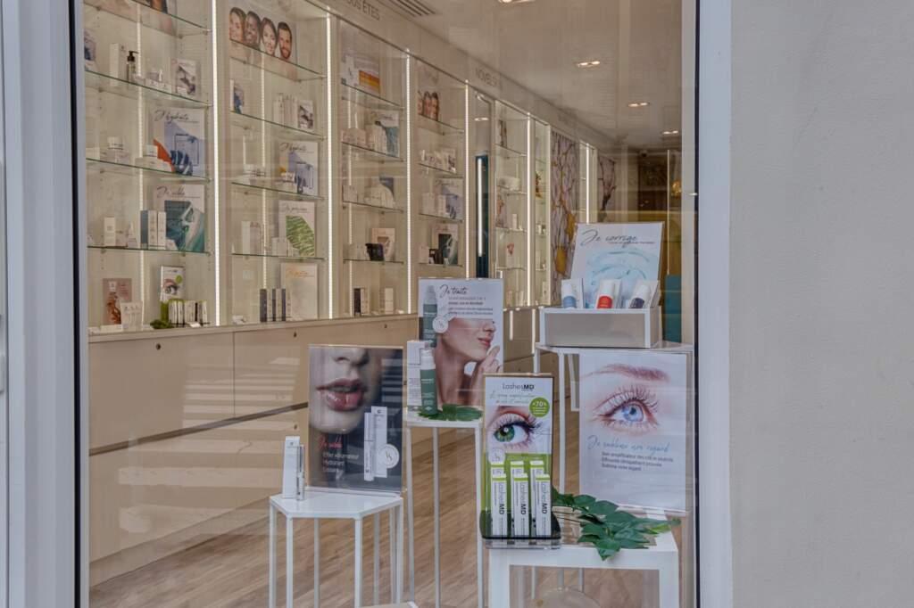 amenagement boutique esthetique medicale 4 1024x682 - Aménagement d'un commerce de produits d'esthétique médicale