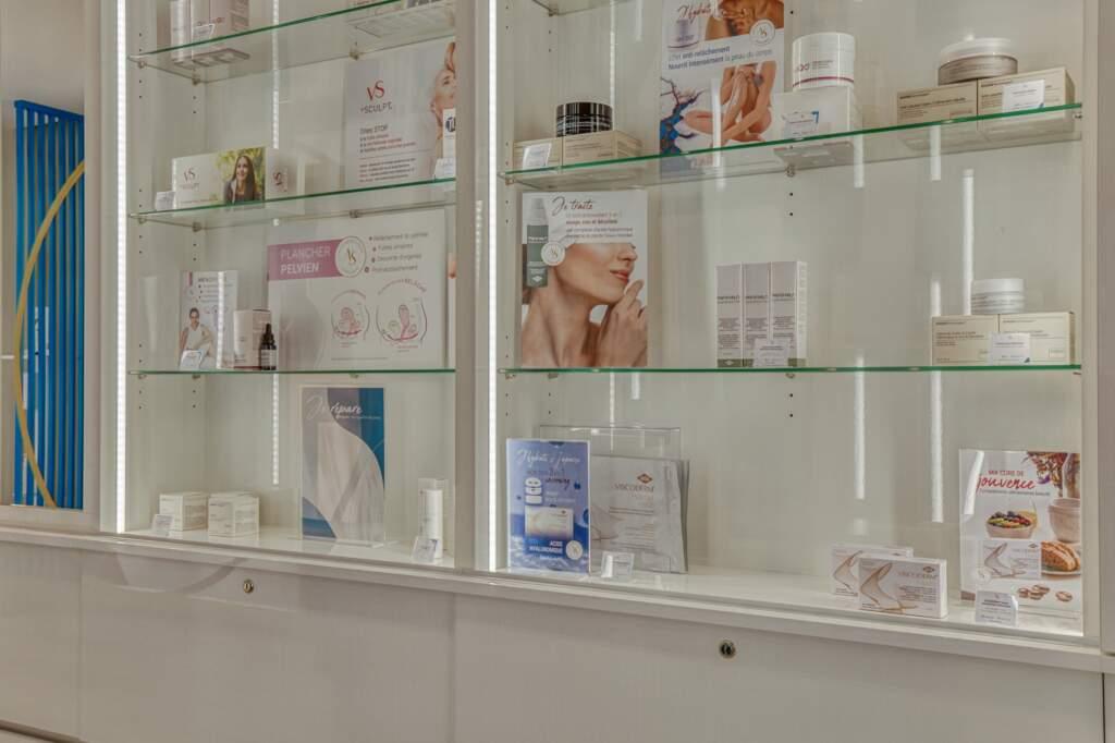 amenagement boutique esthetique medicale 8 1024x682 - Aménagement d'un commerce de produits d'esthétique médicale