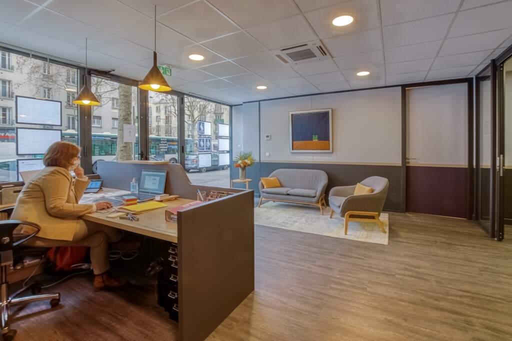 amenagement agcence immobiliere boulogne 2 1024x682 - Création d'une agence immobilière Century 21 à Boulogne Billancourt