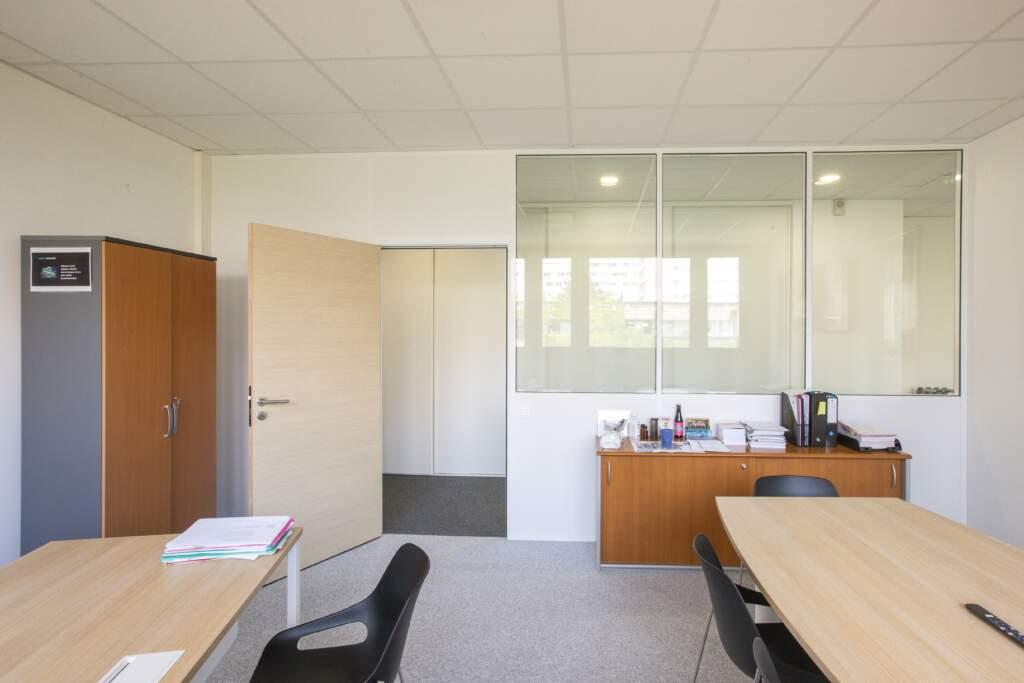 amenagement bureau la defense 3 1024x683 - Aménagement de bureaux dans un immeuble IGH à La Défense