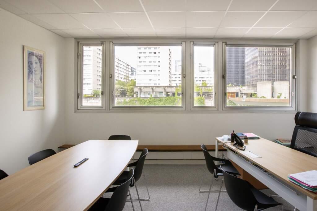 amenagement bureau la defense 8 1024x683 - Aménagement de bureaux dans un immeuble IGH à La Défense