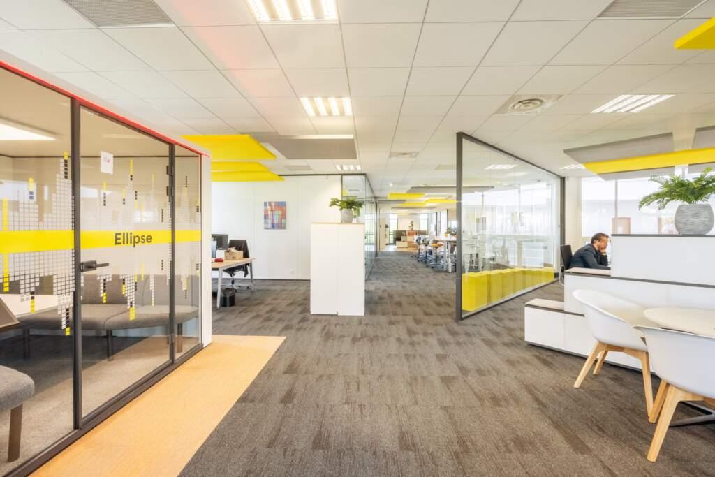 amenagement bureau design paris ouest 8 1024x683 - Aménagement bureau flex office