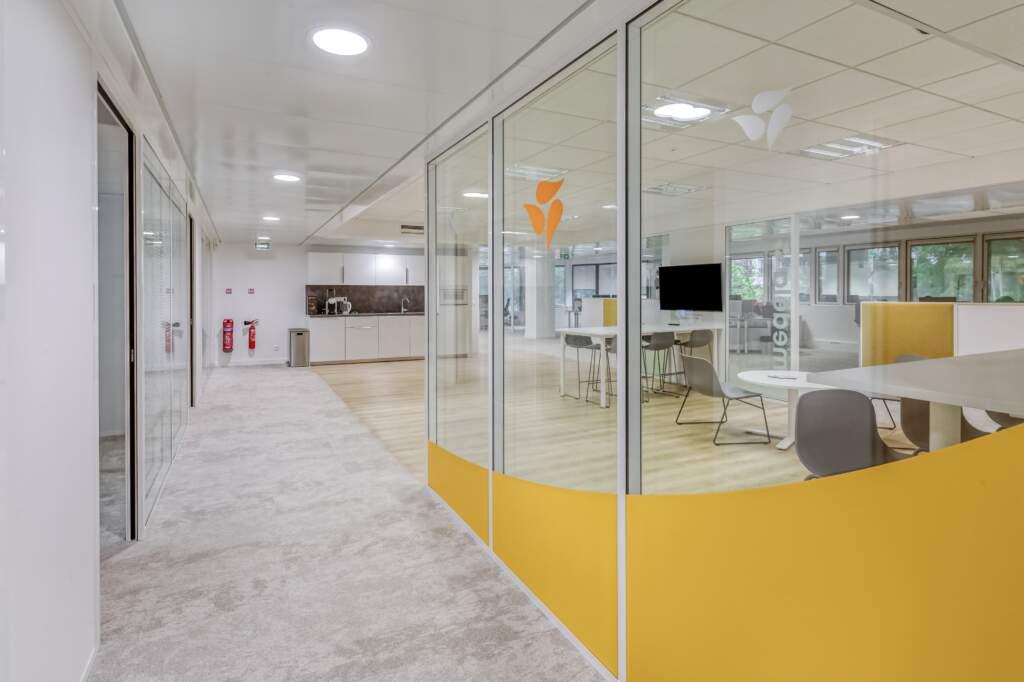 amenagement bureaux issy les moulineaux 2 1024x682 - Aménagement de bureaux à Issy-les-Moulineaux