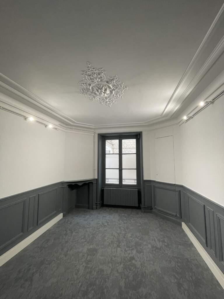 renovation bureau paris 8eme 5 768x1024 - Rénovation de bureaux à Paris 8ème